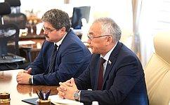 Б.Жамсуев иА.Широков обсудили сглавой Минприроды Д.Кобылкиным вопросы развития горнорудной промышленности вДФО