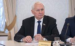 Н. Тихомиров обсудил сжителями Вологодской области вопросы благоустройства сельских населенных пунктов
