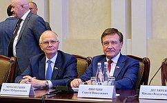 С.Рябухин иФ.Мухаметшин приняли участие взаседании Совета при полномочном представителе Президента РФ вПриволжском федеральном округе