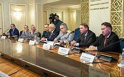 А.Ракитин провел совместное заседание Комитета СФ пообороне ибезопасности иКлуба военачальников Российской Федерации
