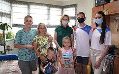 И. Святенко приняла участие вакции «Собери ребёнка вшколу»