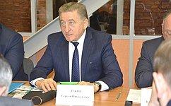 Мы придаем большое значение развитию нетолько мегаполисов, ноималых городов— С.Лукин
