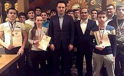 Сенатор Мурат Хапсироков встретился соспортсменами