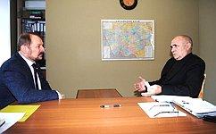С.Белоусов: Важнейшим направлением считаю работу вобщественной приёмной снаселением, конкретными людьми