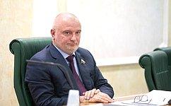 А.Клишас прокомментировал введение военного положения наУкраине