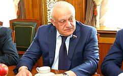 Т.Мамсуров: Загоды служения навысоком духовном посту вОсетии огромные усилия архиепископ направлял намиротворческую миссию навсем Северном Кавказе