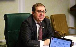 Профильный Комитет СФ поддержал изменения вБюджетный кодекс, связанные свозмещением вреда, который причинен водным объектам– А.Майоров