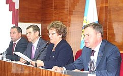 В. Новожилов выступил насессии собрания депутатов Вельского района Архангельской области