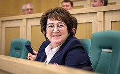 Важной частью работы для меня является обеспечение успешного функционирования рыбной отрасли встране— Л.Талабаева