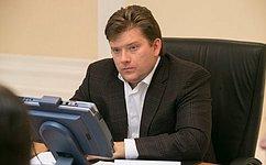 Н.Журавлев обсудил спредставителями Костромской области программы поддержки детских садов ишкольного образования