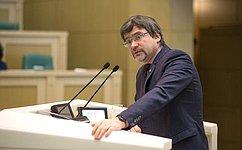 Генеральный директор ВЦИОМ В. Федоров выступил вСовете Федерации врамках «Времени эксперта»