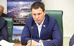 Нужна координация действий органов власти поосуществлению мер госзащиты экосистем Онежского иЛадожского озер— И.Зубарев