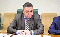 Совершенствование законодательной базы всфере железнодорожных грузоперевозок рассмотрели вСовете Федерации