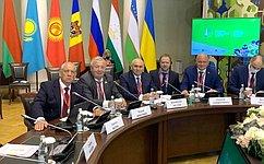 В. Николаев принял участие вIX Невском международном экологическом конгрессе