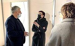 Т. Кусайко посетила медицинские учреждения Кольского района