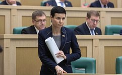 Продлевается действие особенностей применения законодательства РФ натерриториях Крыма иСевастополя всферах имущественных отношений