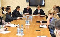 С.Фабричный: Важно оказывать поддержку предпринимателям врегистрации региональных брендов