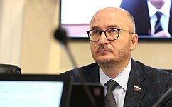 Наприеме граждан вЧелябинской области О.Цепкин обсудил вопросы обеспечения малых поселков сотовой связью