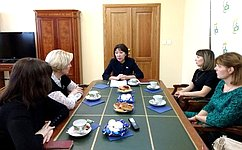 В. Зганич: Необходимо совершенствовать систему социальной поддержки многодетных изамещающих семей