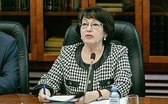 Л. Талабаева провела заседание «круглого стола», посвященное перспективам деревянного домостроения всельской местности