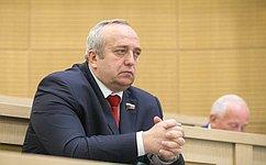 Соглашение сУзбекистаном оборганизованном привлечении трудовых мигрантов для работы вРоссии может стать модельным— Ф.Клинцевич