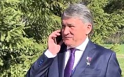 Юрий Воробьев поздравил ветерана Великой Отечественной войны сДнём Победы