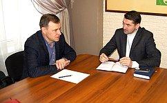 В.Новожилов провёл встречи сглавами муниципальных образований «Вельский муниципальный район» и«Вельское»
