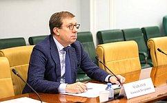 А. Майоров: Развитие АПК– это решение производственных задач, повышение доходов икачества жизни миллионов людей