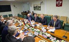 Политики ФРГ возобновили встречи сроссийскими сенаторами