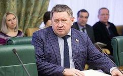 М.Пономарев: Бюджет социально-экономического развития Тюменской области– это бюджет роста