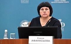 Наполях Евразийского женского форума состоялся открытый диалог «Российские соотечественницы зарубежом»