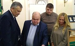Д. Василенко совместно сгубернатором Ленинградской области посетил церемонию открытия выставки «Открытая коллекция»