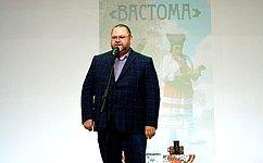 О. Мельниченко: Большую роль вукреплении межнациональных отношений играет межрегиональное культурное сотрудничество