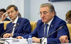 С. Лукин: Строительство станет драйвером экономики при выходе изкризиса