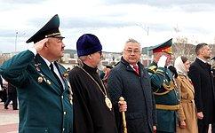 Б. Жамсуев: Каждый изнас должен делать реальные дела воблаго Отечества, чтобы наша Родина оставалась сильной державой для наших потомков