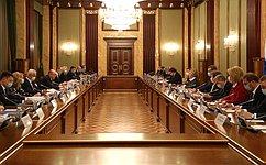 В. Матвиенко: Сучетом сложности задач, стоящих перед страной, нужно консолидировать усилия власти, общества, бизнеса