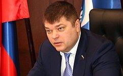 Д.Василенко: Взаимодействие граждан спредставителями госвласти позволяет оперативно решать поставленные вопросы