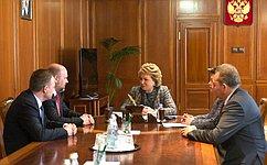 Председатель СФ В. Матвиенко игубернатор Архангельской области И. Орлов обсудили перспективы развития региона