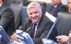 Ю.Волков: ВПослании Федеральному Собранию Президент РФ затронул вопросы, которые наиболее важны для россиян