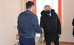 Ю. Валяев посетил областную инфекционную больницу вБиробиджане