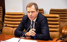 А. Кутепов: Внесен законопроект, предоставляющий аварйно-спасательной технике право проезда поавтодорогам без спецразрешения