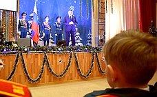 Ю. Воробьев поздравил спасателей спрофессиональным праздником