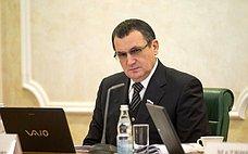 Н.Федоров обсудил сжителями Чебоксар вопросы медицинского обслуживания ипенсионного обеспечения