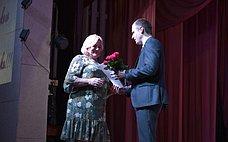 Сергей Леонов поздравил смоленских медработников спрофессиональным праздником