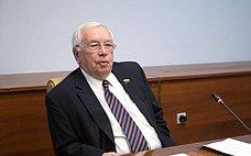 В.Лукин принял участие вТвери впубличных слушаниях опараметрах областного бюджета