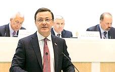 Д.Азаров: Строительная отрасль играет ключевую роль врешении важнейших задач социально-экономического развития России