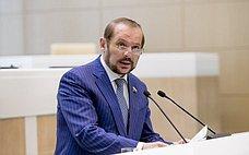 С.Белоусов провел совещание попроблеме сбора гражданами валежной древесины