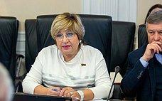 О. Хохлова: Невсе субъекты готовы креализации закона огорячем питании школьников