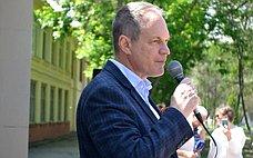 А. Башкин принял участие вторжественной церемонии вступления в«Юнармию» учеников одной изшкол Астрахани
