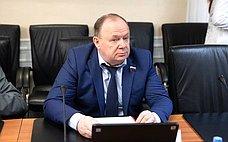 В.Лаптев: Эффективное управление иактивность населения– мощные факторы развития Новосибирской области